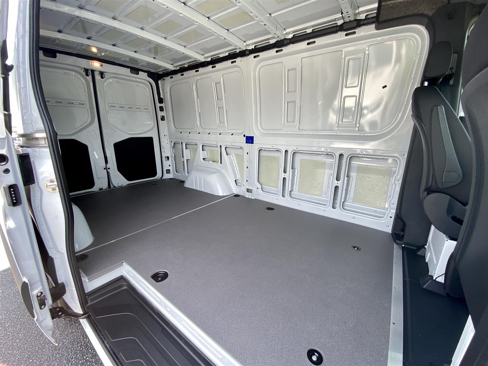 2020 Mercedes-Benz Sprinter 2500 Standard Roof 4x2, Empty Cargo Van #MB10480 - photo 2