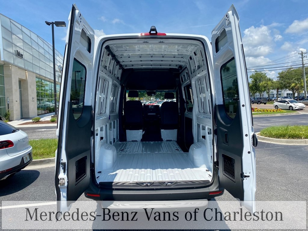 2020 Mercedes-Benz Sprinter 2500 Standard Roof 4x2, Empty Cargo Van #MB10497 - photo 2
