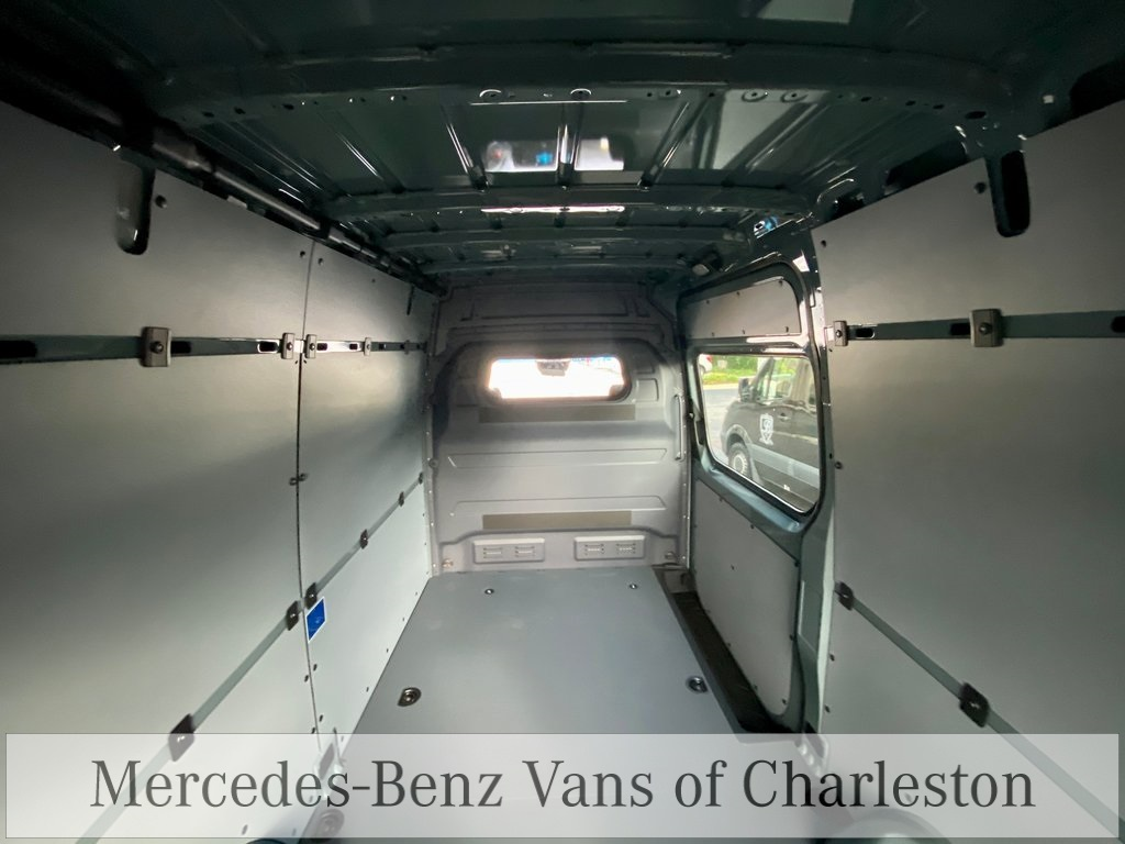 2020 Mercedes-Benz Sprinter 2500 Standard Roof 4x2, Empty Cargo Van #MB10510 - photo 16