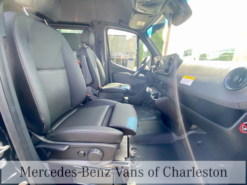 2020 Mercedes-Benz Sprinter 2500 High Roof 4x2, Passenger Van #MB10526 - photo 13