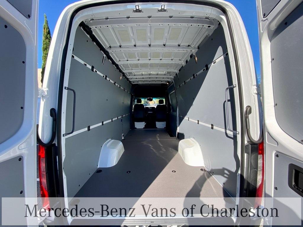 2020 Mercedes-Benz Sprinter 3500 4x2, Empty Cargo Van #MB10627 - photo 1