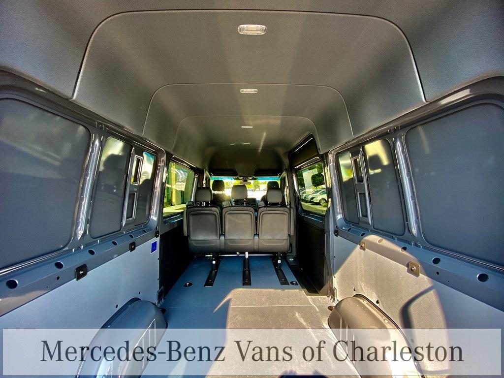 2020 Mercedes-Benz Sprinter 2500 4x2, Empty Cargo Van #MB10674 - photo 2
