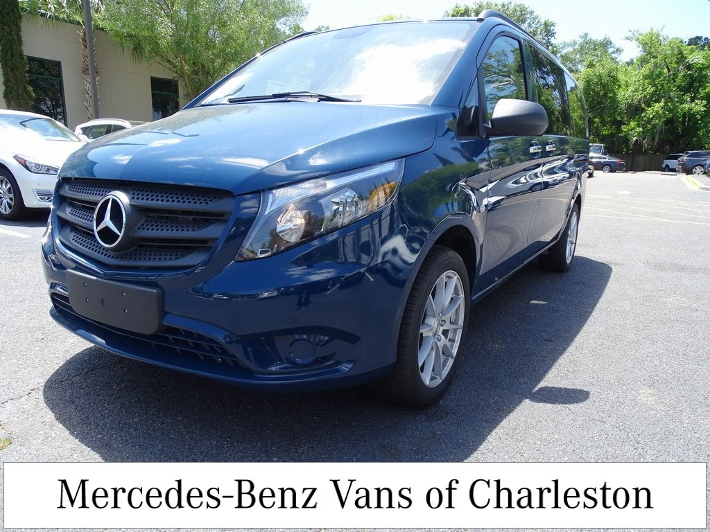 2019 Mercedes-Benz Metris 4x2, Passenger Wagon #MB8650 - photo 1
