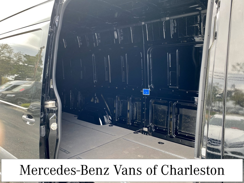 2019 Mercedes-Benz Sprinter 2500 4x2, Empty Cargo Van #MB9941 - photo 13