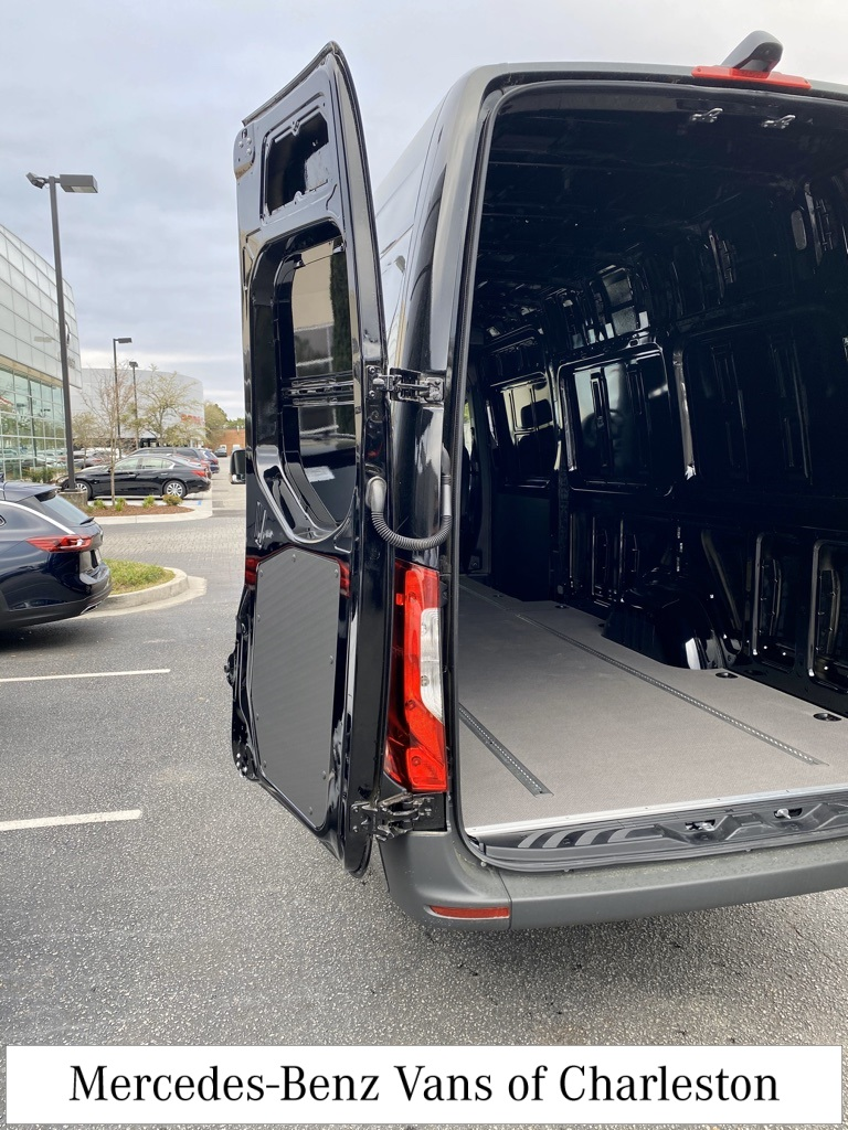 2019 Mercedes-Benz Sprinter 2500 4x2, Empty Cargo Van #MB9941 - photo 8