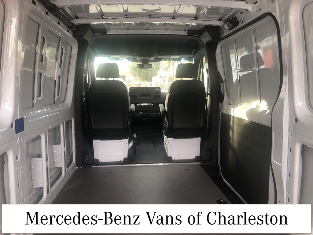 2019 Mercedes-Benz Sprinter 1500 4x2, Empty Cargo Van #MB9962 - photo 1