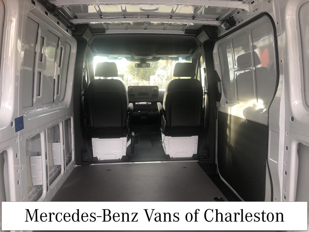 2019 Mercedes-Benz Sprinter 1500 4x2, Empty Cargo Van #MB9962 - photo 2