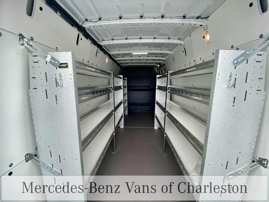 2020 Mercedes-Benz Sprinter 2500 High Roof 4x2, Empty Cargo Van #MB10662 - photo 3
