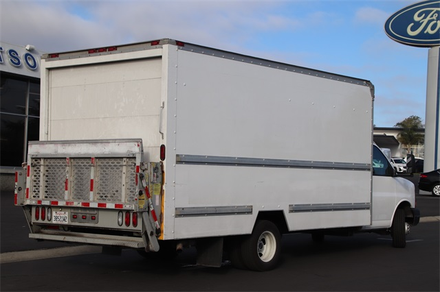 2008 GMC Savana 3500 4x2, Dry Freight #FT20242A - photo 1