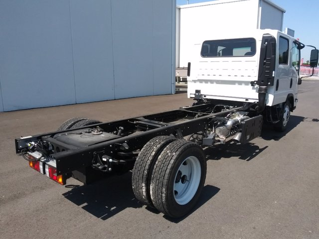 2020 Chevrolet LCF 5500HD Crew Cab 4x2, Cab Chassis #29976N - photo 1