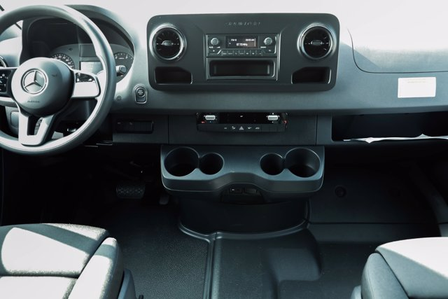 2019 Mercedes-Benz Sprinter 4x4, Empty Cargo Van #CVX00924 - photo 11