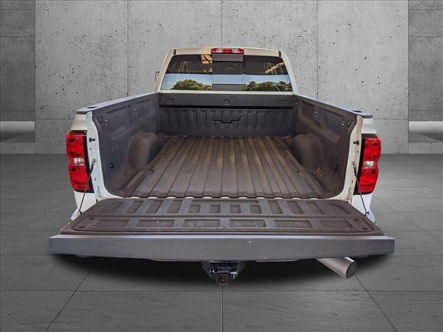 2015 Chevrolet Silverado 2500 Crew Cab 4x4, Pickup #FF619620 - photo 4