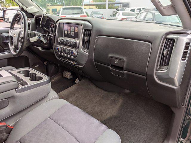 2015 Chevrolet Silverado 1500 Crew Cab 4x4, Pickup #FG143742 - photo 21