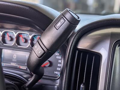 2015 Chevrolet Silverado 1500 Crew Cab 4x2, Pickup #FG150491 - photo 11
