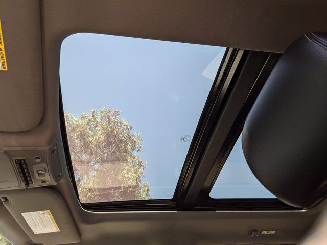 2017 Ford F-350 Crew Cab 4x4, Pickup #HEC31760 - photo 17