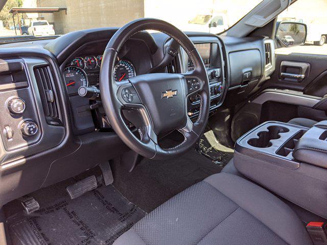 2017 Chevrolet Silverado 1500 Crew Cab 4x4, Pickup #HG122584 - photo 10