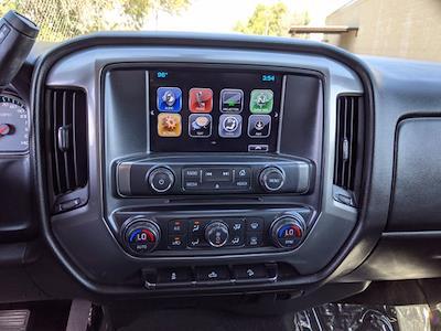 2017 Chevrolet Silverado 1500 Crew Cab 4x4, Pickup #HG122584 - photo 16