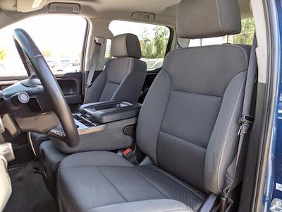 2017 Chevrolet Silverado 1500 Crew Cab 4x4, Pickup #HG122584 - photo 17