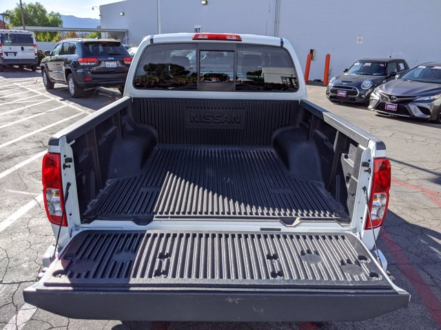 2017 Nissan Frontier Crew Cab 4x2, Pickup #HN718990 - photo 7