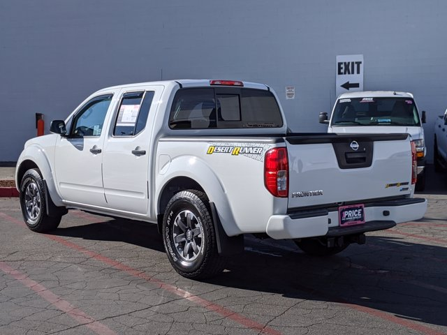 2017 Nissan Frontier Crew Cab 4x2, Pickup #HN718990 - photo 2