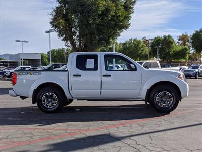 2017 Nissan Frontier Crew Cab 4x2, Pickup #HN718990 - photo 5