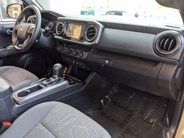 2018 Toyota Tacoma Double Cab 4x2, Pickup #JM053983 - photo 21