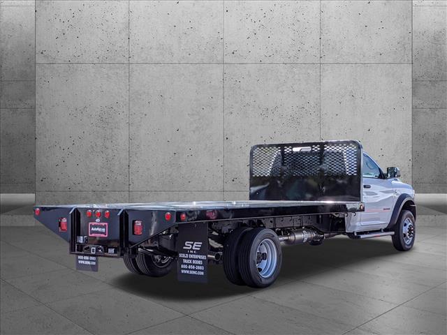 2020 Ram 5500 Regular Cab DRW 4x2, Scelzi SFB Platform Body #LG151864 - photo 3
