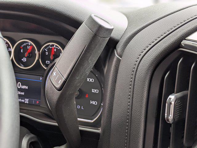 2020 Chevrolet Silverado 1500 Crew Cab 4x4, Pickup #LG430760 - photo 12