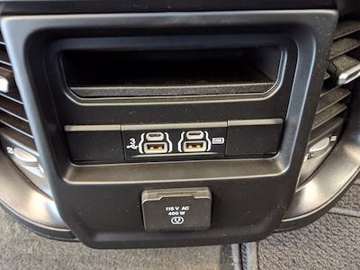 2020 Ram 1500 Crew Cab 4x4, Pickup #LN339407 - photo 18