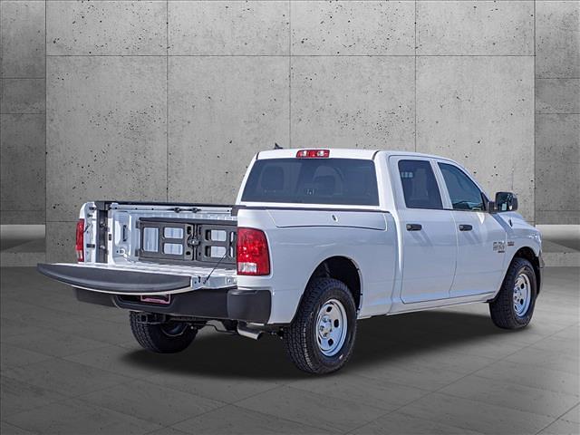 2021 Ram 1500 Classic Crew Cab 4x4, Pickup #MS549763 - photo 3