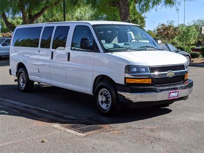 2018 Chevrolet Express 3500 4x2, Passenger Wagon #J1243984 - photo 4