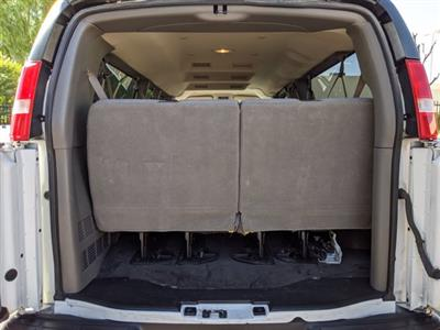 2018 Chevrolet Express 3500 4x2, Passenger Wagon #J1243984 - photo 7
