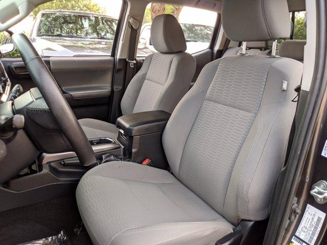 2018 Toyota Tacoma Double Cab 4x2, Pickup #JM066098 - photo 17