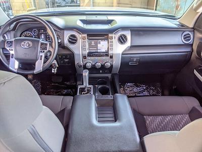 2018 Toyota Tundra Crew Cab 4x4, Pickup #JX758231 - photo 19