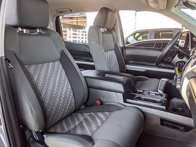 2018 Toyota Tundra Crew Cab 4x4, Pickup #JX758231 - photo 22