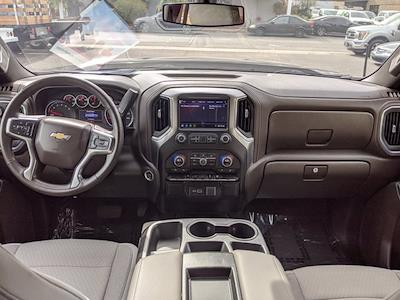 2020 Chevrolet Silverado 1500 Crew Cab 4x2, Pickup #LG311737 - photo 17