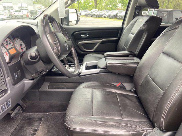 2015 Nissan Titan Crew Cab 4x4, Pickup #J210380A - photo 13