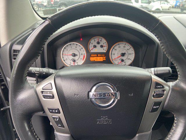 2015 Nissan Titan Crew Cab 4x4, Pickup #J210380A - photo 16