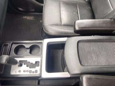 2015 Nissan Titan Crew Cab 4x4, Pickup #J210380A - photo 18