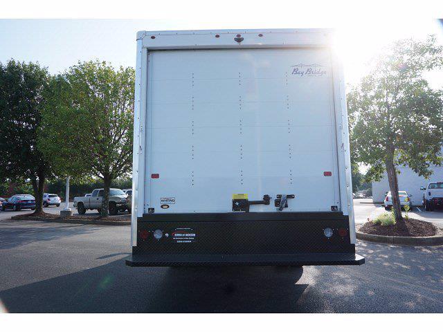 2021 GMC Savana 3500 4x2, Bay Bridge Classic Cutaway Van #21T30551 - photo 2