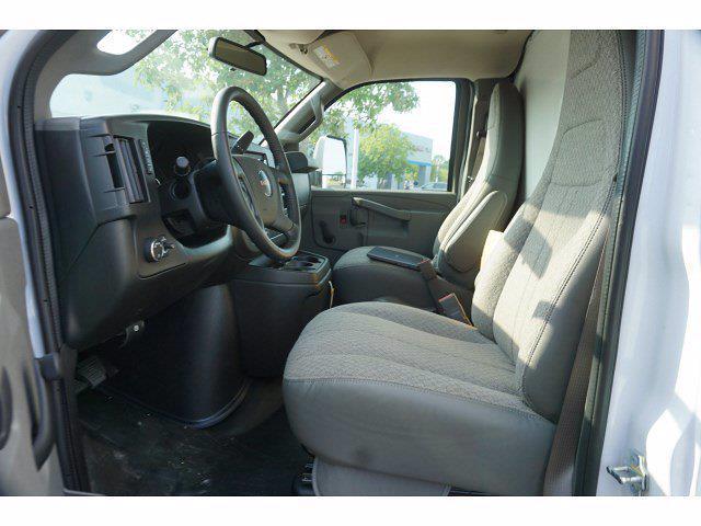 2021 GMC Savana 3500 4x2, Bay Bridge Classic Cutaway Van #21T30551 - photo 5