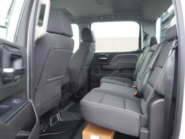 2019 Chevrolet Silverado Medium Duty Crew Cab DRW 4x4, The Fab Shop Contractor Body #1980308 - photo 18