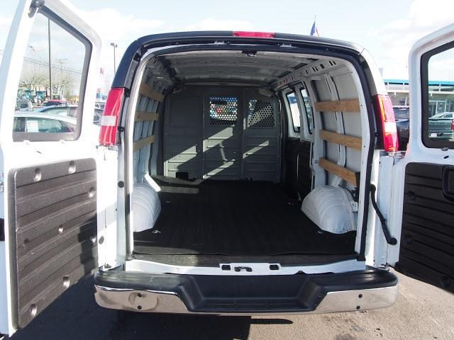 2018 Chevrolet Express 2500 4x2, Empty Cargo Van #P11483 - photo 1