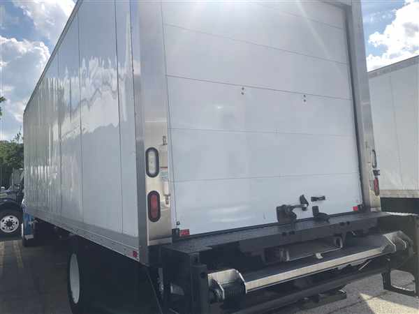 2015 Freightliner M2 106 4x2, Refrigerated Body #564998 - photo 1