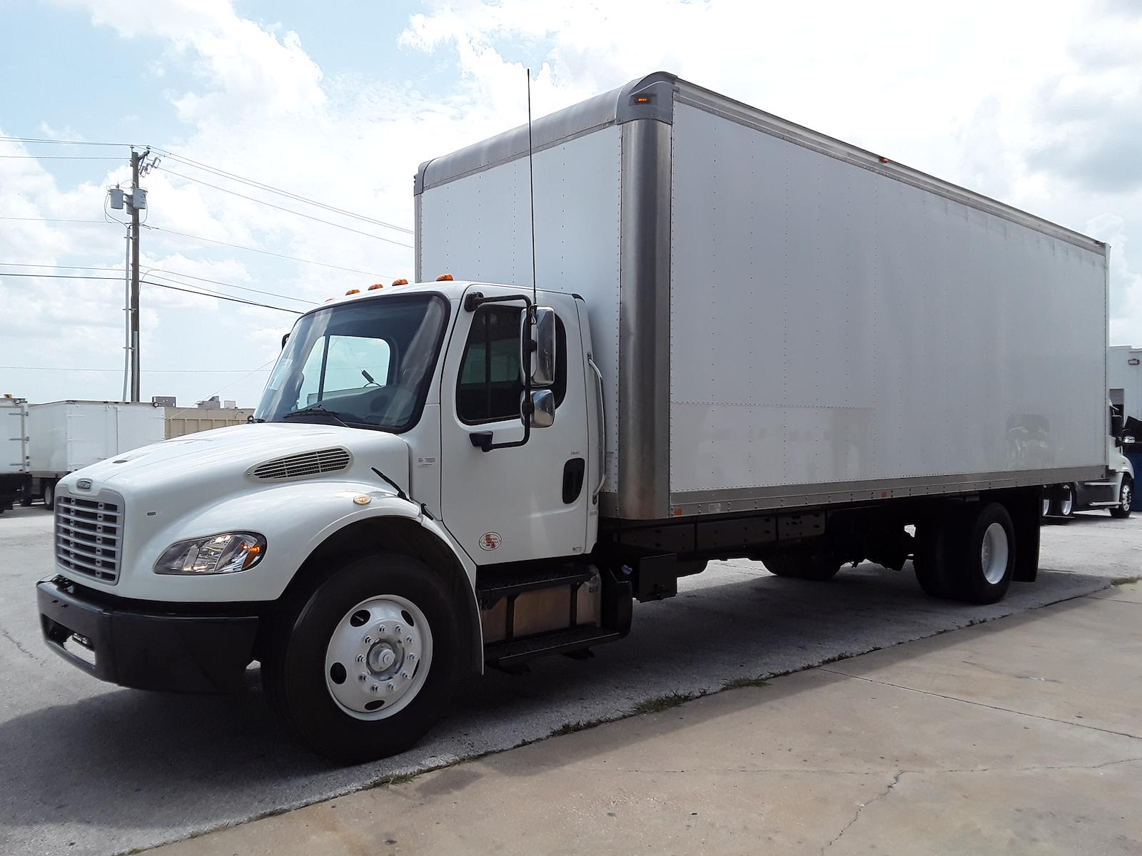 2014 Freightliner Truck 4x2, Dry Freight #536452 - photo 1