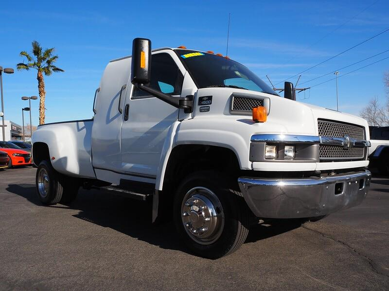 2006 Chevrolet C4500 Regular Cab DRW 4x2, Hauler Body #R31288A - photo 1