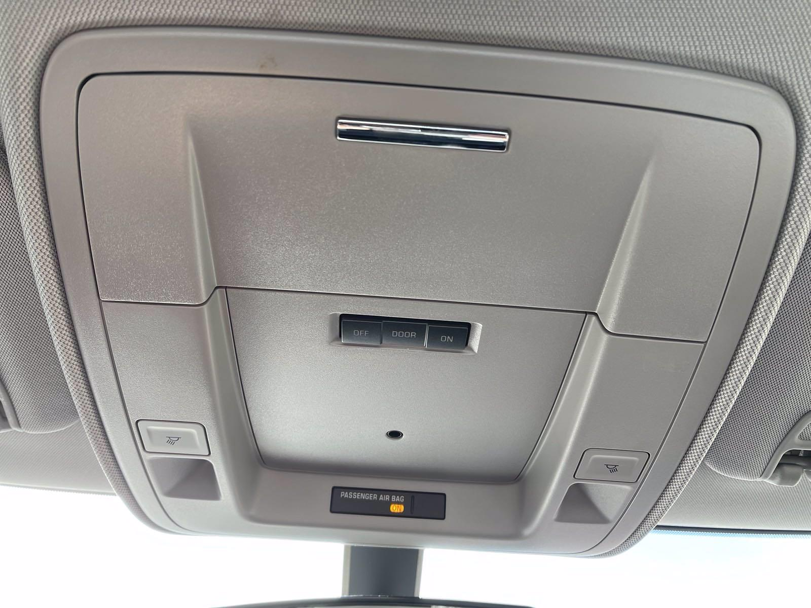 2020 Chevrolet Silverado 6500 Regular Cab DRW 4x2, Danco Rollback Body #201081D - photo 17