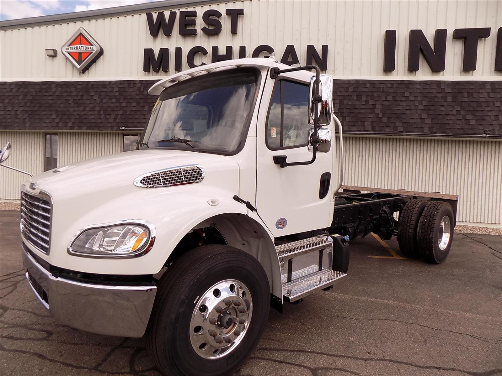 2019 Freightliner Truck 4x2, Cab Chassis #113798 - photo 1
