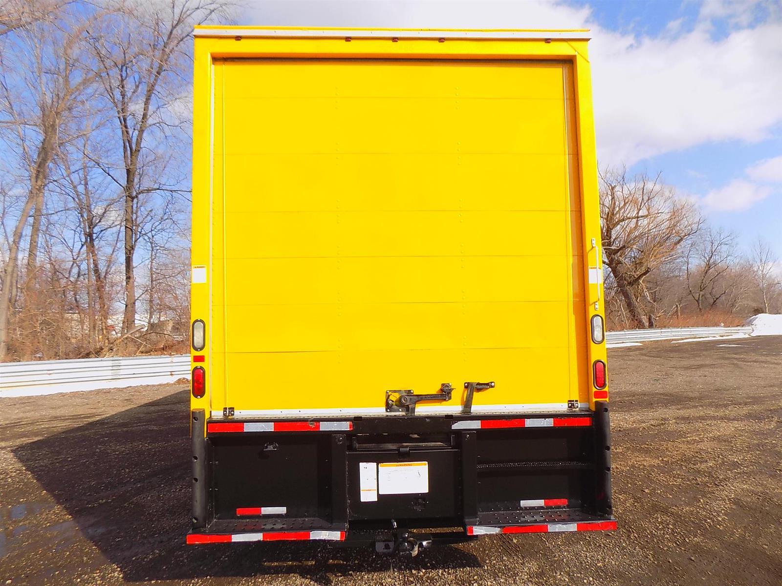 2017 International DuraStar 4300 4x2, Dry Freight #HL458834 - photo 1