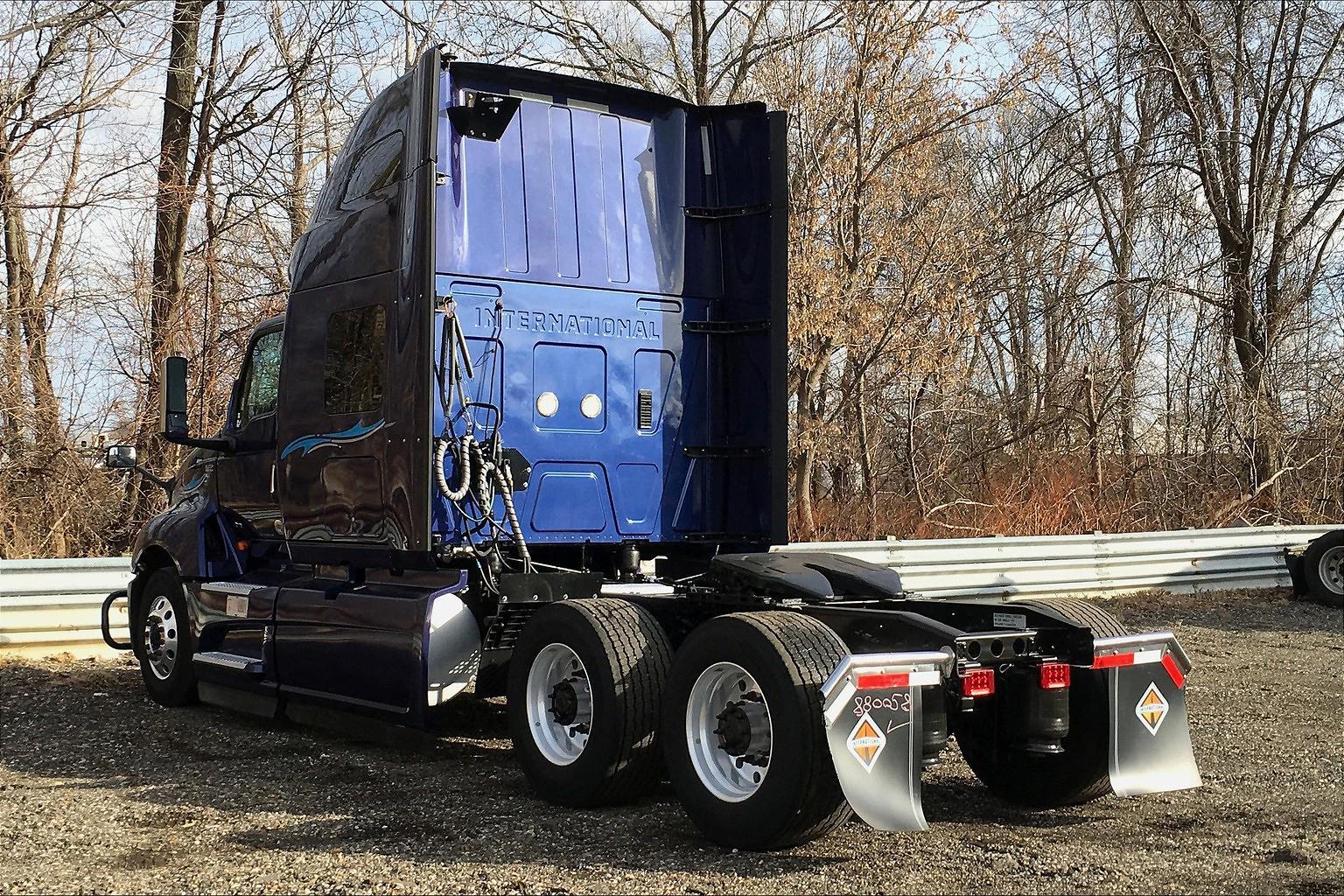 2018 International LT 6x4, Tractor #JN435607 - photo 1